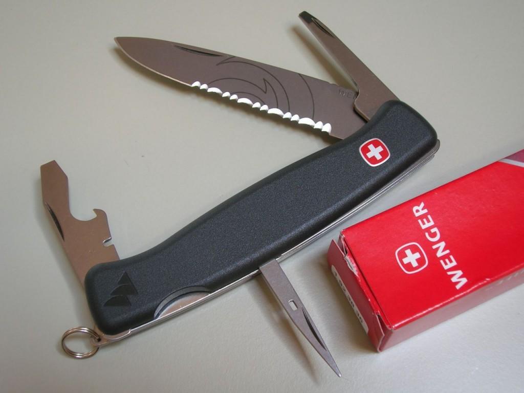 Wenger Ranger Model 38 Swiss Knives Info