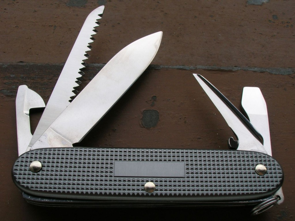 Moonlight Silver Alox Swiss Knives Info